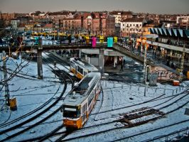 Tram comming in by 5haman0id