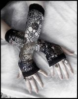 The Tinker's Daughter Arm Warmers by ZenAndCoffee