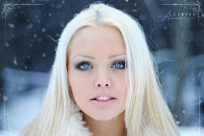 Ice Blue Eyes by Stridsberg