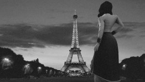 Elizabeth in Paris by Deathy28
