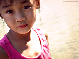 child by Capere-Omnes