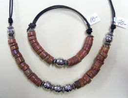 Red clay bead choker and bracelet by artefaccio