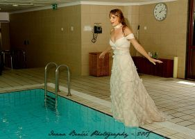 Trash the Dress 01 by IvanaBencic