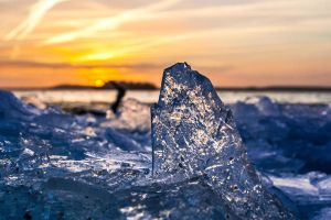 Broken ice by StonyStoneIsStoned2