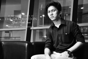 The Graduation Of Yuni Asril Sani by IDIOTICphotography