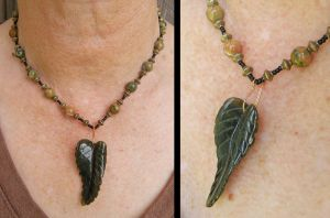 Leaf Necklace for Mom by Cillana