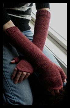 18th century mitts by IndifferentCentury
