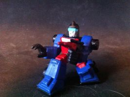 Robot Heroes Autobot Crosshairs by zvwxy