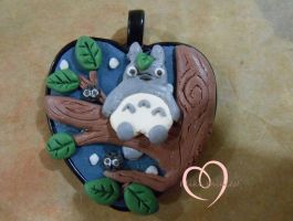 Totoro in the treees w.i.p. by ilikeshiniesfakery