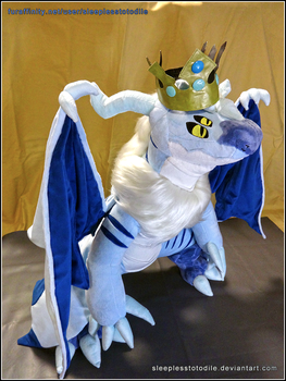 Wuldor Plush (~3ft tall) by SleeplessTotodile