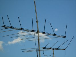 The Moon and the antenna by neslockheart