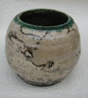 raku pot by Osa-Art-Farm