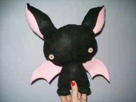 Batty Plushie by BakaMichi