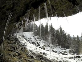 Stalactites by SP4RTI4TE