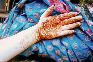 Henna and stuff by cydienne