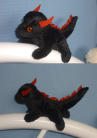 Mini magnet plush:black dragon by goiku