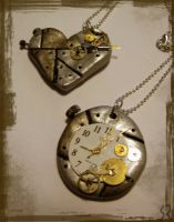 Steampunk necklaces by shimauuuma