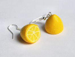Lemon Earrings by Madizzo