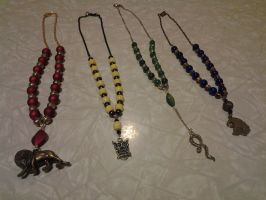 Hogwarts Necklace Collection by jeuxsansfrontieres