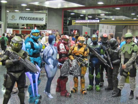 Halo Group at Wizard World by Shepherd0Fire