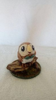 Pokemon fanart: Cute 4 Rowlet sculpture on scenic by The-Manic-Sculptor