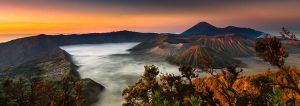 Dawn at Mount Bromo by rylphotography
