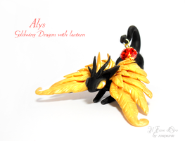 Alys, Goldwing dragon with lantern by rosepeonie