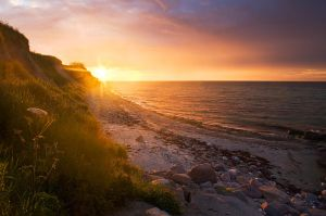 Dawn by one-shot-below