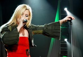 Kelly Clarkson Breakaway Tour by intoxicate