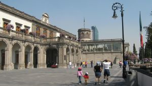 Chapultepec's Castle Entrance by lunacarmin