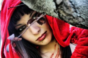 dark red riding hood IV by caperuccita