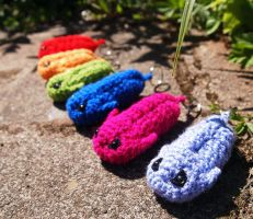 Colourful Amigurumi Trilobite keyrings by kaelby