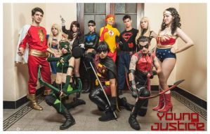 YOUNG JUSTICE by drkitsune