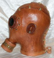 SP Gasmask Acid rain side by GriffinLeather