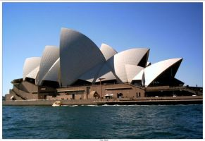 Sydney Opera House by engridearty
