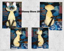 Si Plush Disney Store 2012 by BeautifulHusky