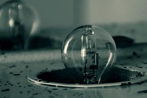 Light Bulb by ToRom
