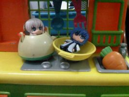 cooked Rin and Kaito by margarethere
