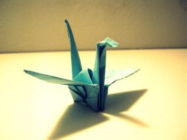 A paper crane by diamondaria