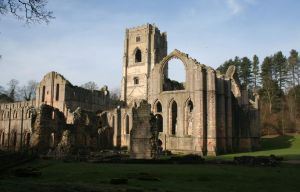 Fountains Abbey by Singingnaturist