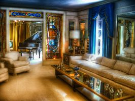 Old livingroom HDR by evrengunturkun