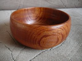 Wooden bowl by ladiane