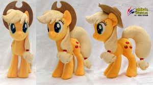 Applejack plush by nekokevin