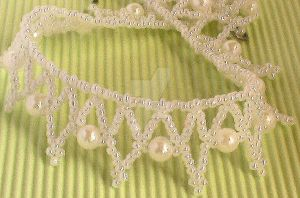 netted necklace by Craftcove