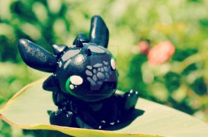 Baby Toothless by pixelpengin