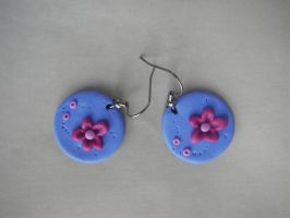 Round earrings by maluka3
