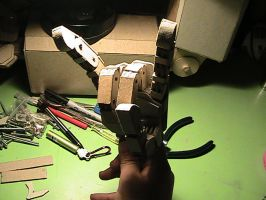 New Robot hands finished by Pompster