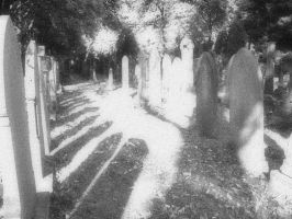 Another grave by Emzybobs