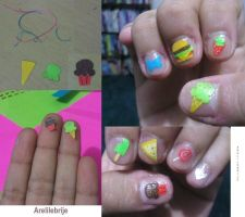 decorated nails by puccadesire