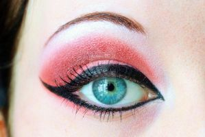 Red dragon eyeshadow by Creativemakeup